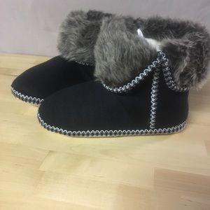 NWT Isaac Mizrahi Memory Foam Slippers/Booties
